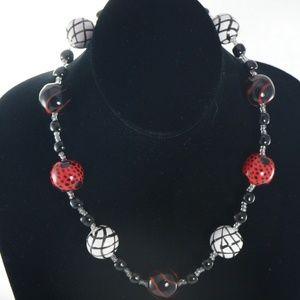 KAZURI Doria 18 in Handmade Necklace